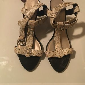 Prediction snake printed strappy heeled sandals